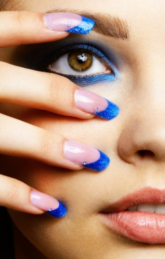 Moon manicure & french